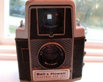Vintage Bell & Howell Eye 127 Camera