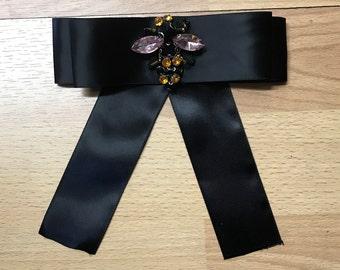 Bow Brooch tie black