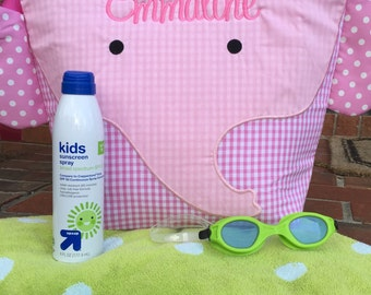 Insulated Swim Bag / Personalized Swim Backpack / Monogrammed Pool Bag / Children's Wet Bag / Pink or Blue Gingham