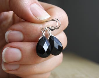 Black Onyx Earrings in Sterling Silver . Black Earrings Silver . Black Teardrop Earrings . Black Dangle Earrings