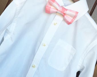 Easter Bowtie, Childs Easter Outfit, Little Boy Easter, Pink gingham bowtie, pink checkered bow tie, boys Easter outfit, Pink Easter bow tie