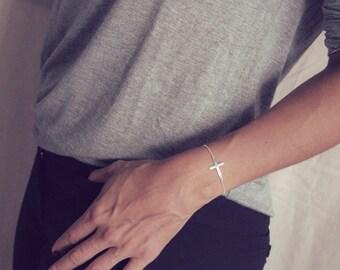 Gold Sideways Cross Bracelet / Gold Cross Bracelet / Sideways Cross Jewelry / Gold Cross Bracelet / Dainty Side Cross Bracelet / Side ways