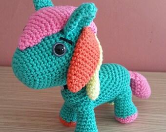Kiddo pony