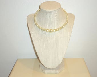 Must See! Beautiful Faux Vintage Ivory Pearl Choker