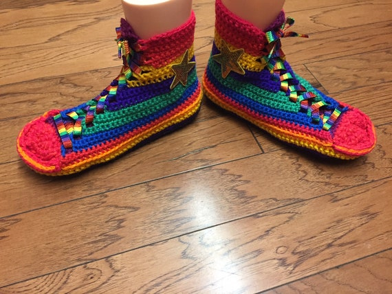10 229 Womens high sneaker crocheted slippers top Crocheted rainbow shoe rainbow List tennis slippers converse converse converse slippers 8 aUwWx6
