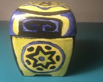 Mexican style pottery trinket box with lid