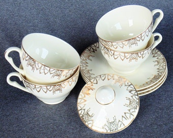 Pope Gosser 8 Pieces VERY RARE PATTERN 4 Cups 3 Saucers And a Lid