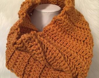 Jasper adult women's chunky wool crochet cowl scarf