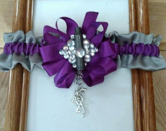 I love hunting garter in purple and gray