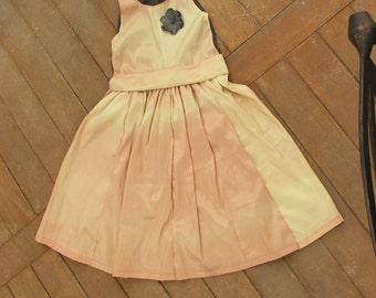 PDF Flower Girl Dress Pattern - Paneled dress for girls with a fabric flower pin Pattern