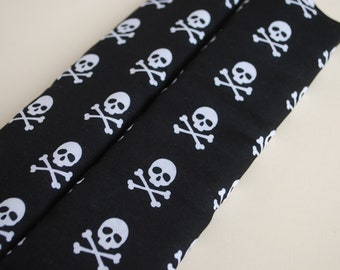 Seatbelt covers car 1 pair skull and crossbones  patterned  seatbelt covers