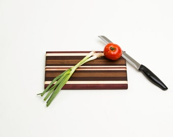 Small Cutting Board - Bethany Series