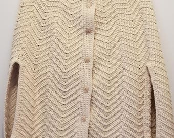 Beautifully Detailed Hand Crocheted Cape in Ivory ladies size S/M/L/XL