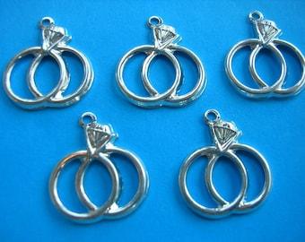 LOT 5 metal CHARMS: wedding ring 17mm