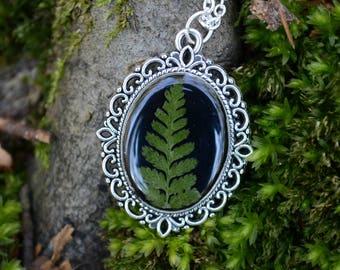 Fern leaf necklace,Resin necklace,Handmade necklace,Handmade jewelry,Resin jewelry,Greenery,Greenery shop