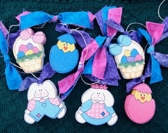 Easter Wood Garland - Bunnies, Easter Baskets and Easter Egg w Chicks