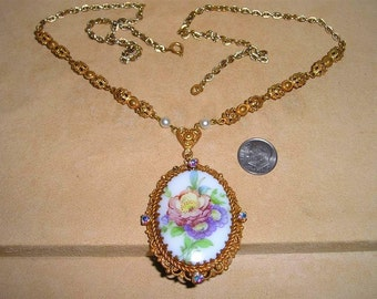 Vintage West Germany Pendant Necklace With Iridescent Rhinestones And Glass Flower Center  1950's Signed Jewelry 4140