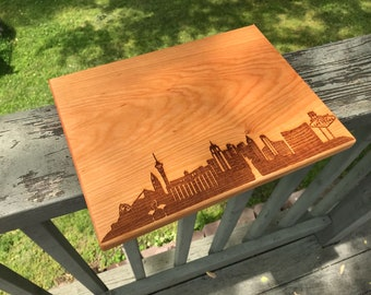 Las Vegas Skyline Cutting Board Handmade, Kitchen Gifts For Mom, Nevada Cutting Board, City Silhouette Chopping Board, Realtor Closing Gift