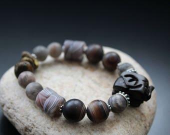 Dark carved elephant bead and agate bracelet, Botswana agate tribal bracelet, dark moonstone stretch bracelet, boho matte gemstone bracelet