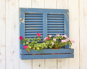 wood shutters, recycle wood shutter, old wooden shutters, wood planter, vintage shutter, wall decor, upcycle shutter, antique wood wall,ooak