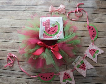 Watermelon birthday outfit, girls birthday outfit, first birthday outfit, watermalon first birthday set, girls tutu, watermalon party.