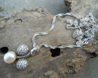 Pearl silver pendant, silver pendant, chain with pendant, pearl pendant, zircones pendant, silver chain, sterling silver 925