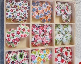 36 floral buttons