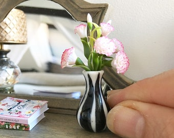 Miniature pink carnations in black and white vase - Dollhouse - Diorama - 1:12 scale