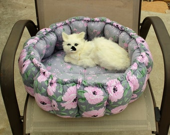 Cat Bed, Stuffed Cat Bed, Pillow Cat Bed, Fabric Cat Bed, Cat Bedding, Handmade Cat Bed, Small Dog Bed, Round Cat bed