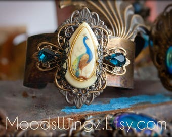 Copper cuff bracelet with filigree wrapped vintage drop shaped Peacock cabochon, montana blue vintage crystals ooak handmade statement piece