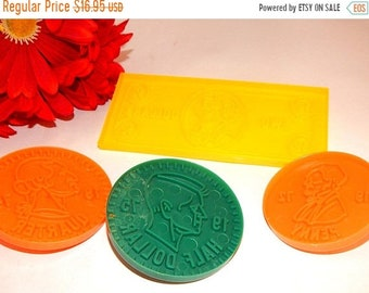 Money Cookie Cutters Coins Two Dollar Bill Shaped Cutters Baking Craft Supply Vintage Hallmark Finance Banking Retirement Party Press Molds