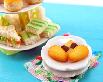 Dollhouse Food Mold- Miniature Madeleine Mold - Flexible Silicone - Miniature Food, Food Jewelry Projects