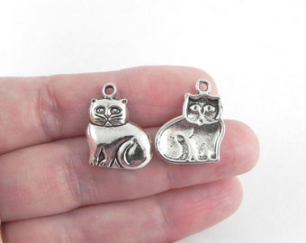 20 Cat Charms in Antiqued Silver - 19mm x 16mm