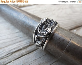 ON SALE Duel serpent ring handmade in sterling silver