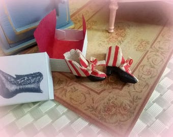 miniature 1/12 vintage shoes with box-dollhouse miniature