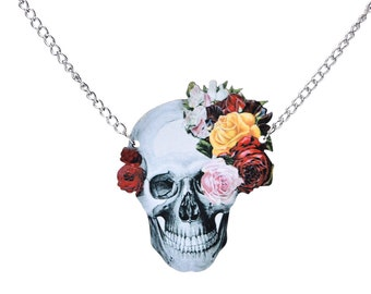 Beautiful wooden skull, skull, punk, Gothic necklace