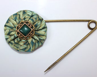 Green Metallic Print Fabric Shawl Pin With Antiqued Gold and Green Filigree Button