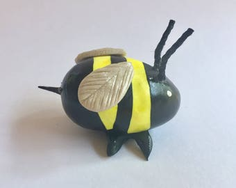 Mini Marble Friend Bumblebee with stinger