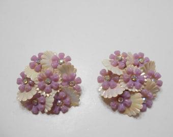 Vintage Lavender Flower Clip Clip Earrings (1604) Aurora Borealis Centers--Mint!