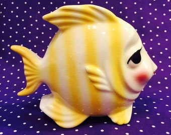 Gilner Calif. Anthropomorphic Yellow and White Striped Fish Wall Pocket made in California circa 1950s