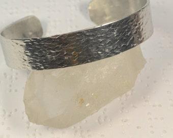 Hammered Aluminum Cuff Bracelet, Aluminum Bracelet, Hammered Cuff Bracelet, Hammered Bracelet, Hand Hammered, Textured Cuff Bracelet