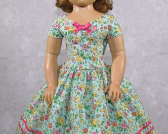 20 inch Doll, Cissy Dress, Summer Flowers, Green Bouquet