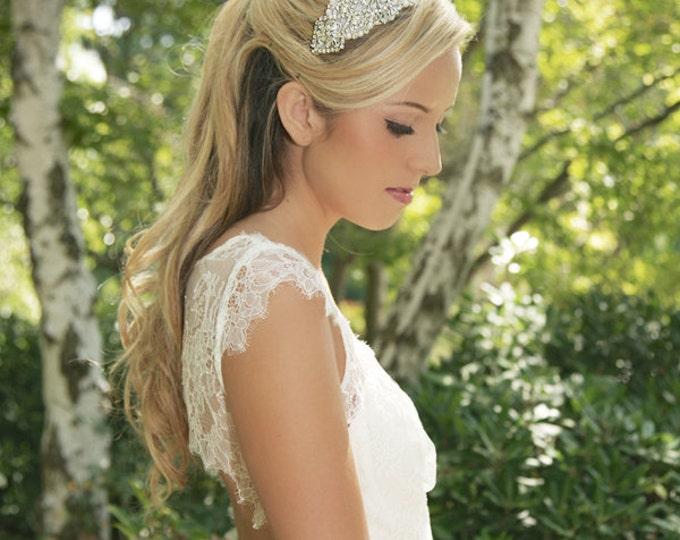 Pearl hair clip, Pearl Hair Piece, Bridal Pearl Hair Comb, Crystal Bridal Headpiece, Pearl and Crystal Bridal Hair Accesories - Style 360