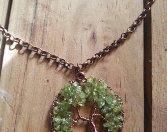 Peridot tree of life pendant necklace