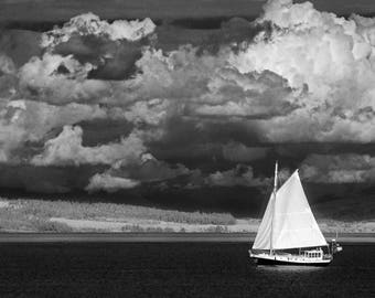 Port Townsend, Sailing off