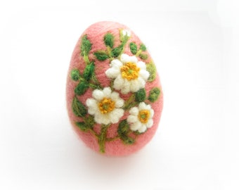 Easter Egg,Needle felted egg,Spring Ornament,Needle Felted Easter Egg with Wild Roses,Original Art