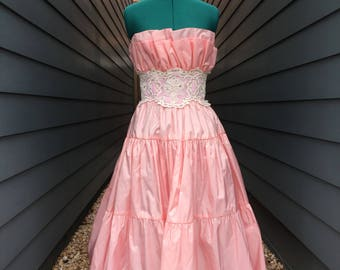 1980s Victor Costa for Lord and Taylor Dress // Vintage Prom Dress // Vintage Quinceañera dress // Vintage pink dress