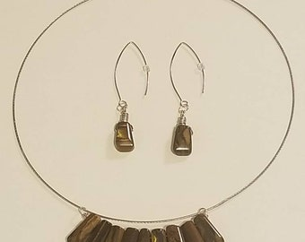 Brown Graduated Necklace and Earring Set