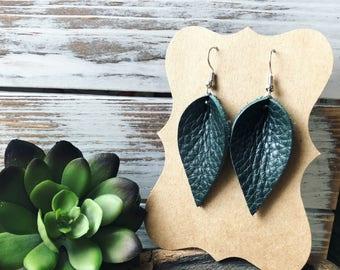 Mini Leather Petal earrings - Evergreen