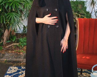 Gorgeous Wool Cape w/ Attached Scarf